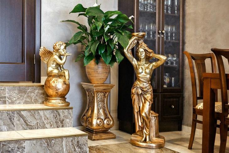 Статуи и пьдесталы в интерьерном декоре